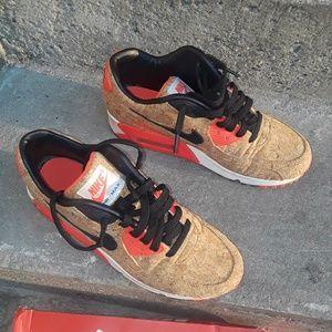 Nike Air Max Cork Sneakers